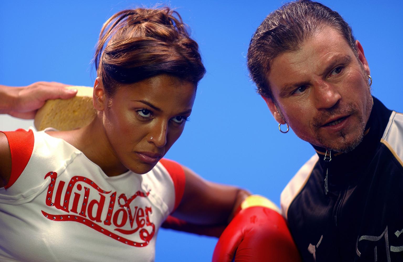 Nadiya et Jo Prestia sur le tournage d'un clip