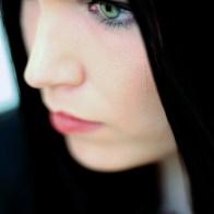 Portrait de Tarja Turunen chanteuse du groupe Nightwish