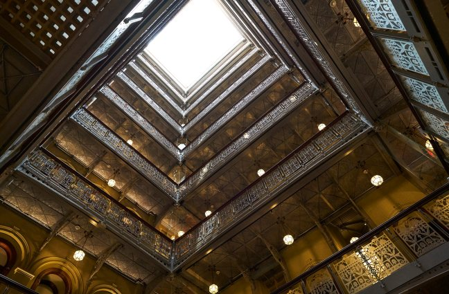 The Beekman - Atrium - Photo Bjorn Wallender