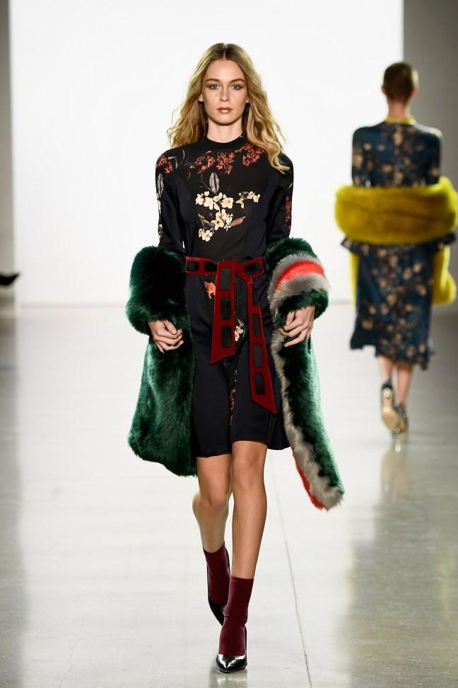 Vivienne Hu Fall Winter 2018 New York Fashion Week Runway Show