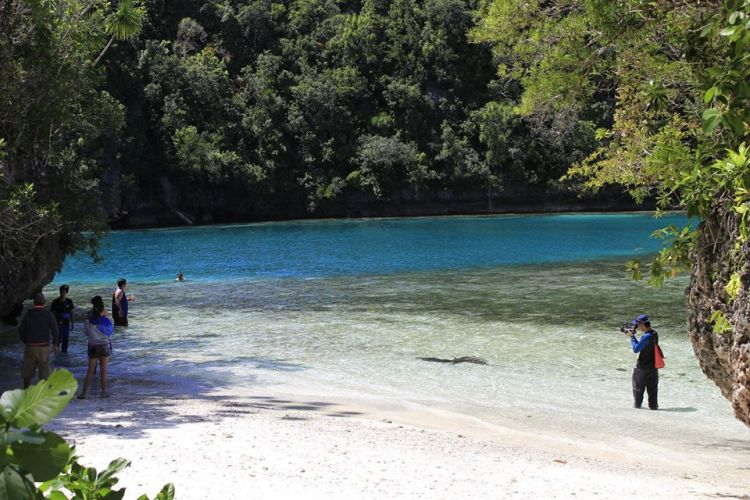 Pangabangan Island is one of the popular Dinagat Island tourist spots.
