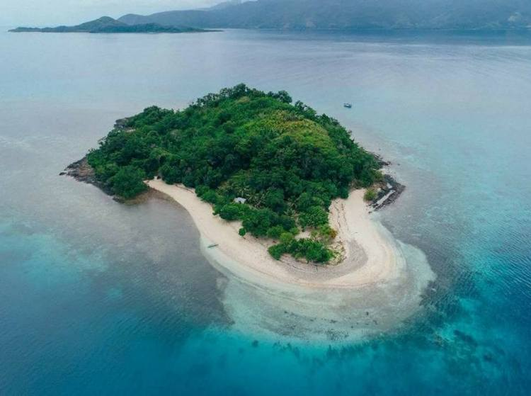 Waniban Island is one of Davao Oriental tourist spots