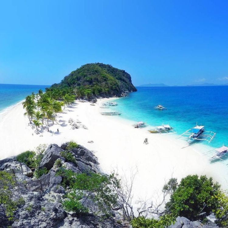 Islas De Gigantes is one of the best Iloilo tourist spot