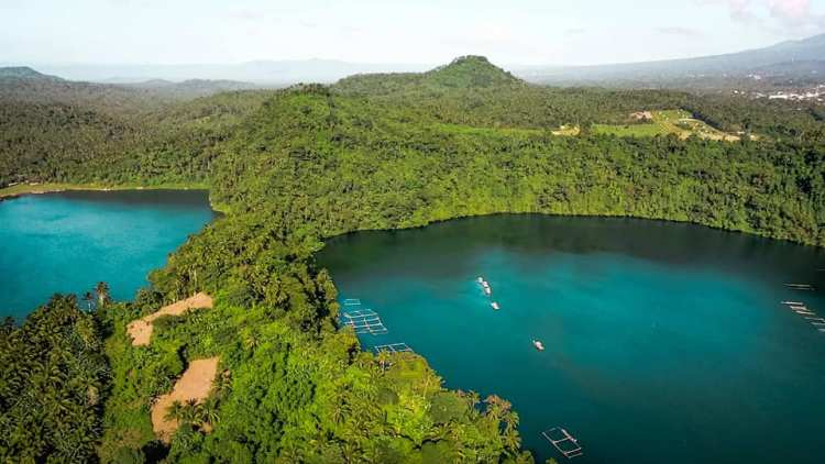 Lake Yambo is one of the best tourist spots/destinations in Laguna province.