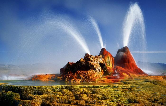 fly-geyser-nevada