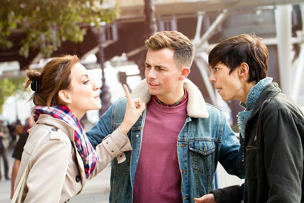 10 things women expect men to know: Defend them