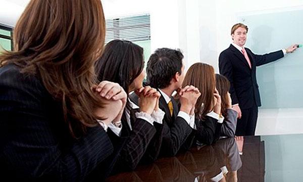 Subtle body language tricks: Mirroring