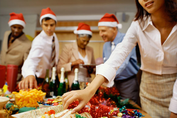 How to survive the office holiday party: Eat beforehand