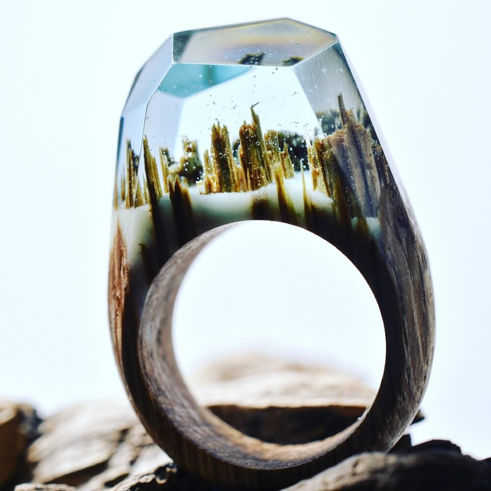 """""""Waterfall"""" inside a wood ring"""