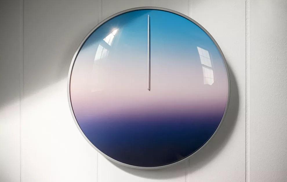 today-minimalistic-clock-1
