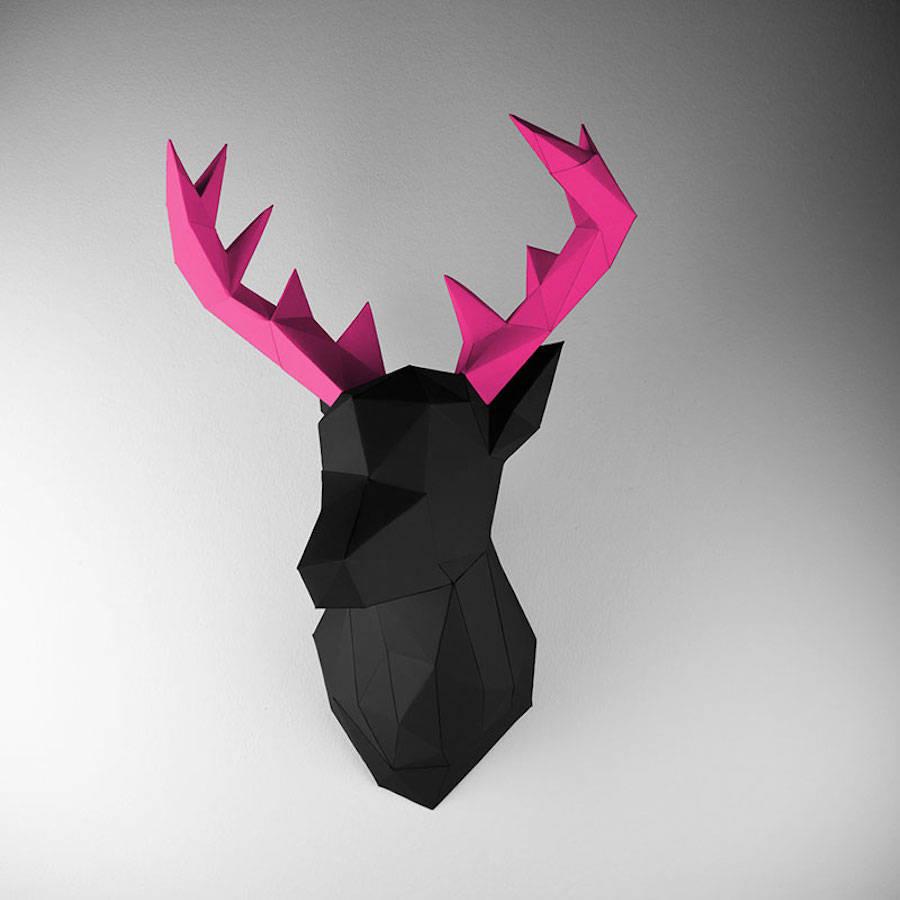 low-polygon-geometric-animal-head-trophies-deer