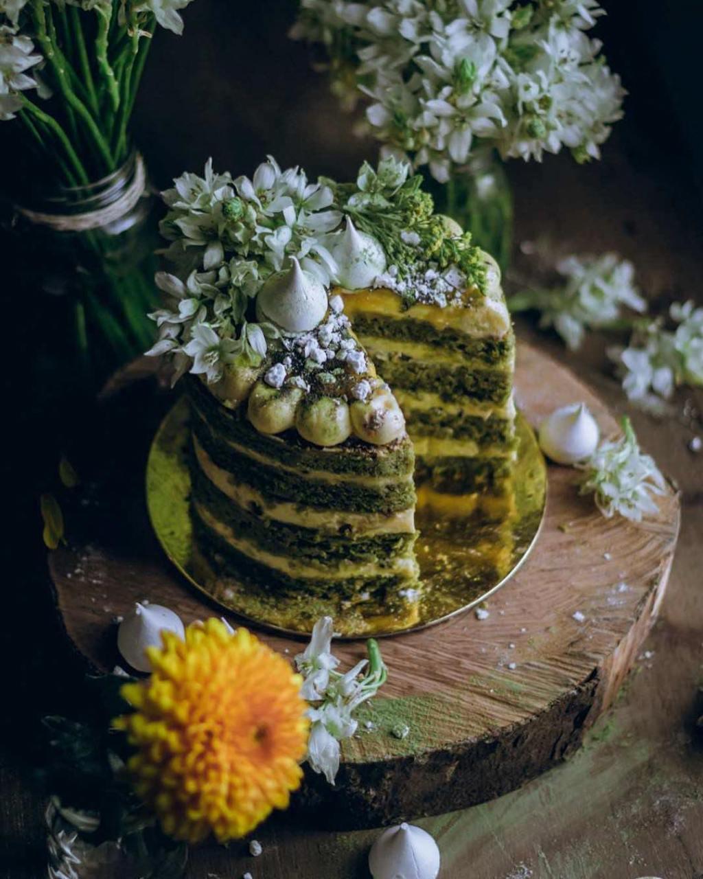 julian-angel-cakes-fairytales-2