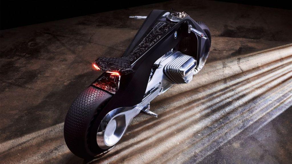 bmw-futuristic-self-balancing-motorcycle-concept-3