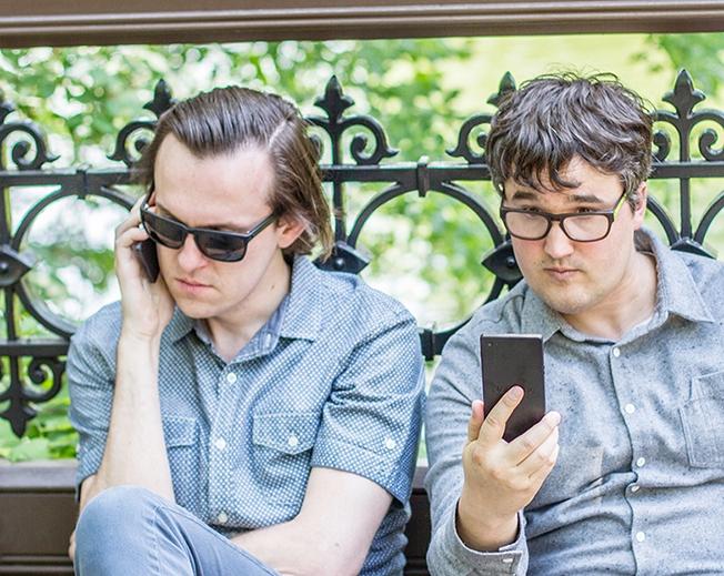 nophone-curbs-smartphone-addiction-chris-sheldon-van-gould