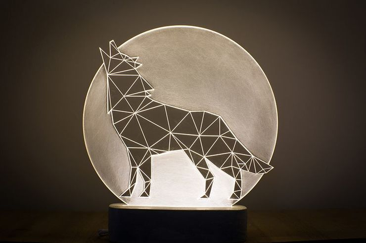 Full Moon Wolf Lamp