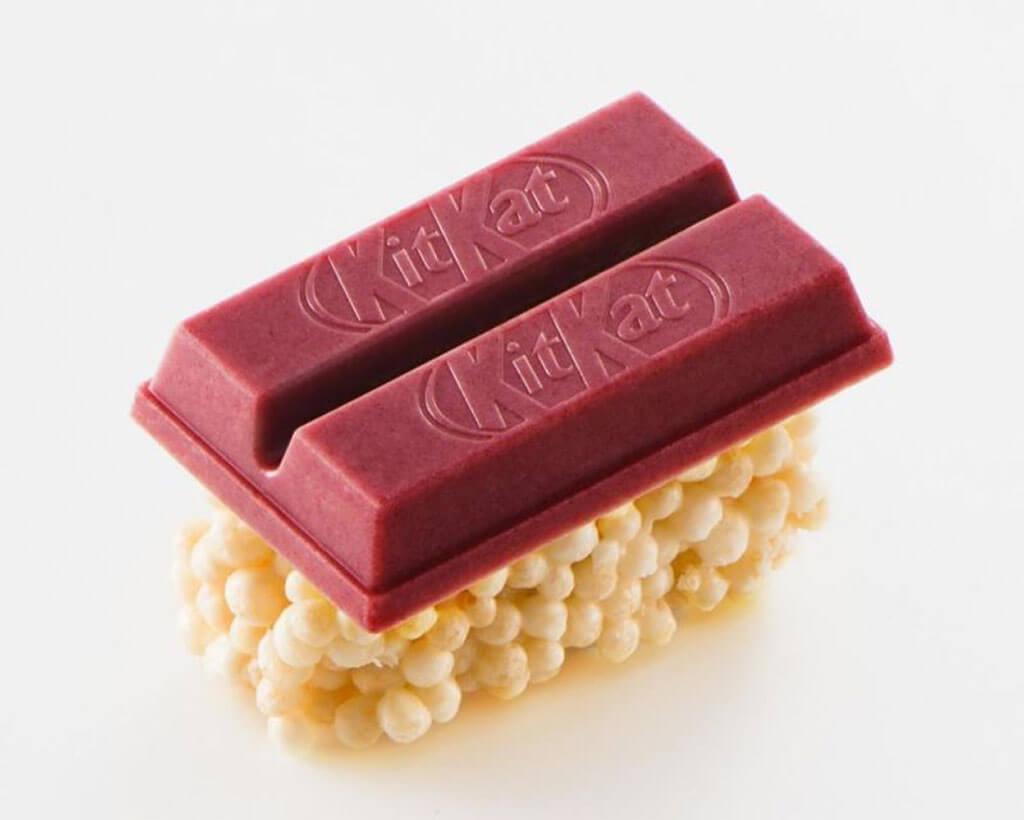 Raspberry and white chocolate represent the tuna