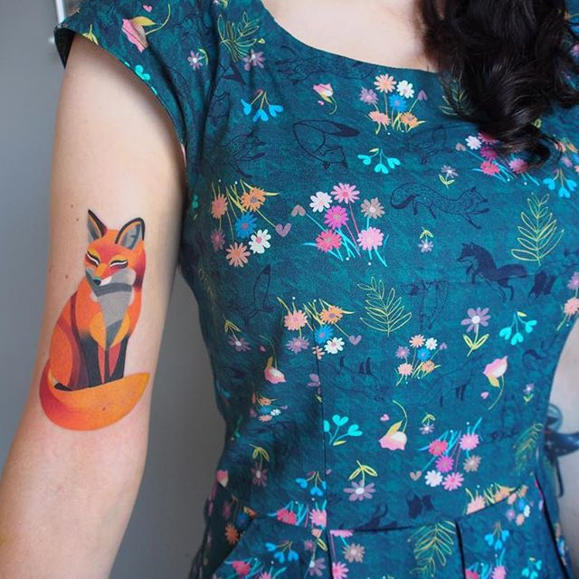 Artist creates stunning watercolour temporary tattoos
