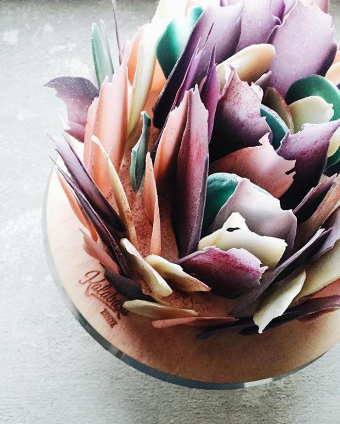 Brushstroke cakes are the latest hit on Instagram