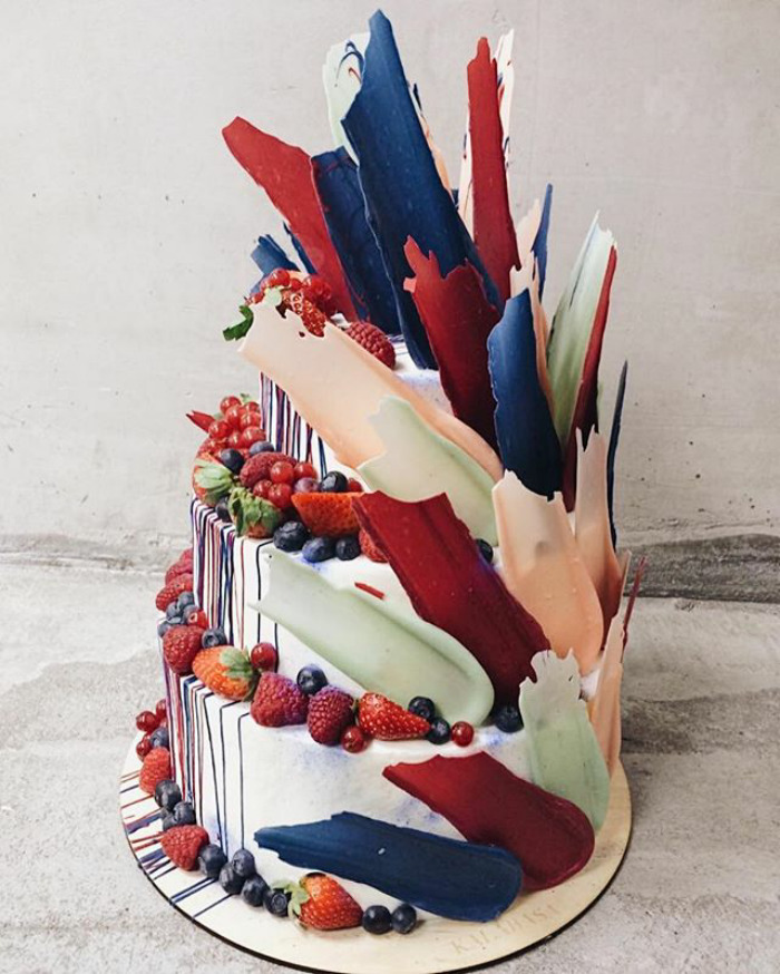 Brushstroke cakes are the latest hit on Instagram