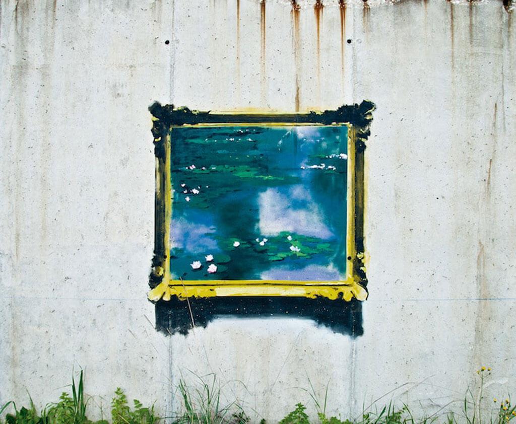 Fine art paintings in urban areas