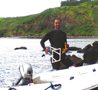 Heading out to photograph the benthic community at Honolua Bay, Maui