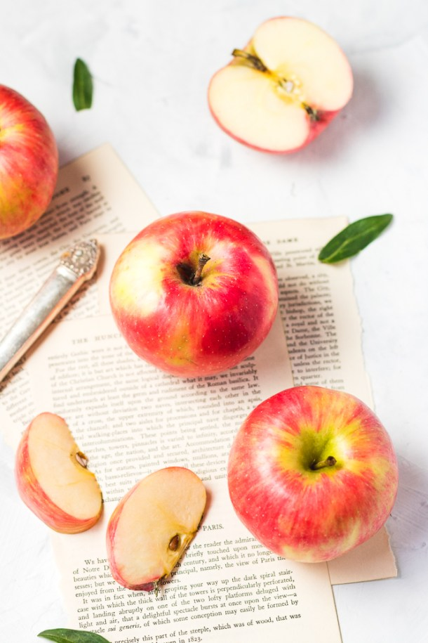 Apples -1.jpg