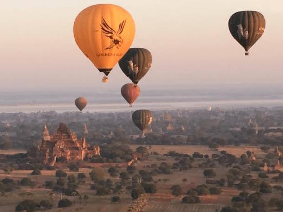 Julia Ember travel photos - balloons