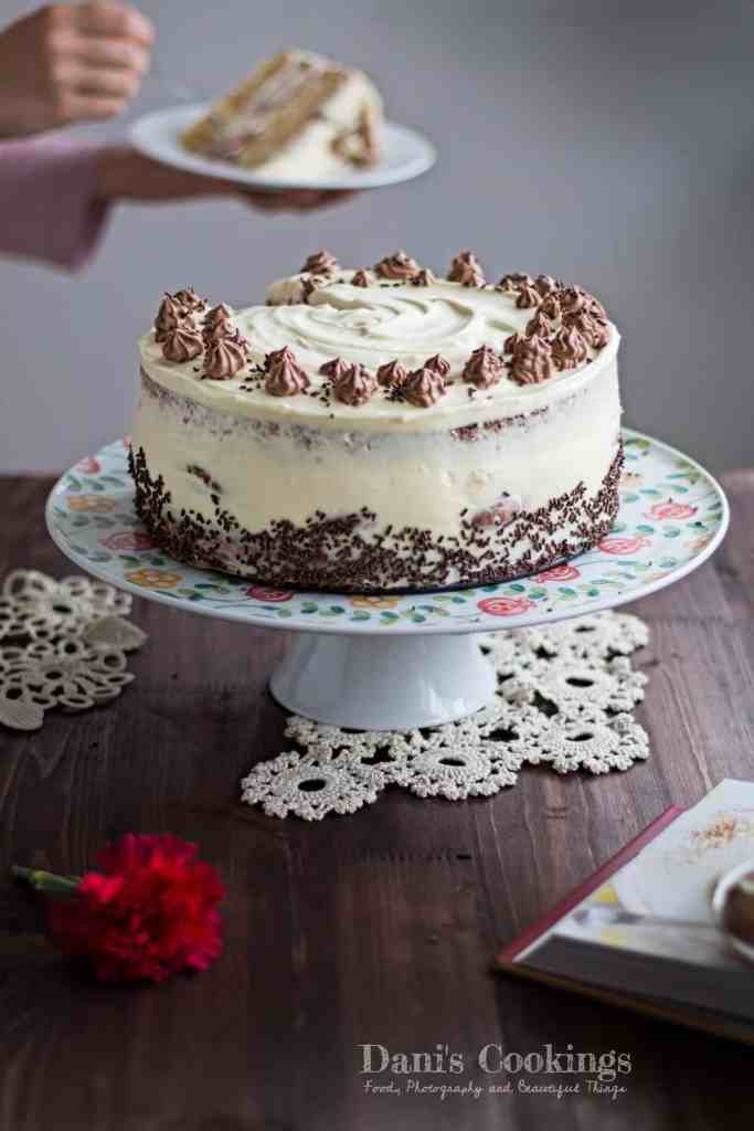 Find the recipe for this delicious and easy Profiterole Cake with Mascarpone Frosting at daniscookings.com