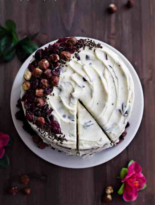 Hazelnut Cake with Stracciatella Frosting and Dried Cranberries   Dani's Cookings