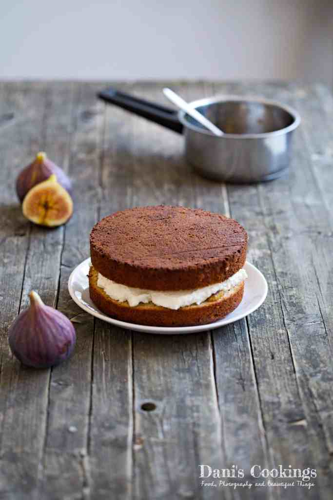 Dreamy Honey Cake with Ricotta frosting and Figs I Dani's Cookings
