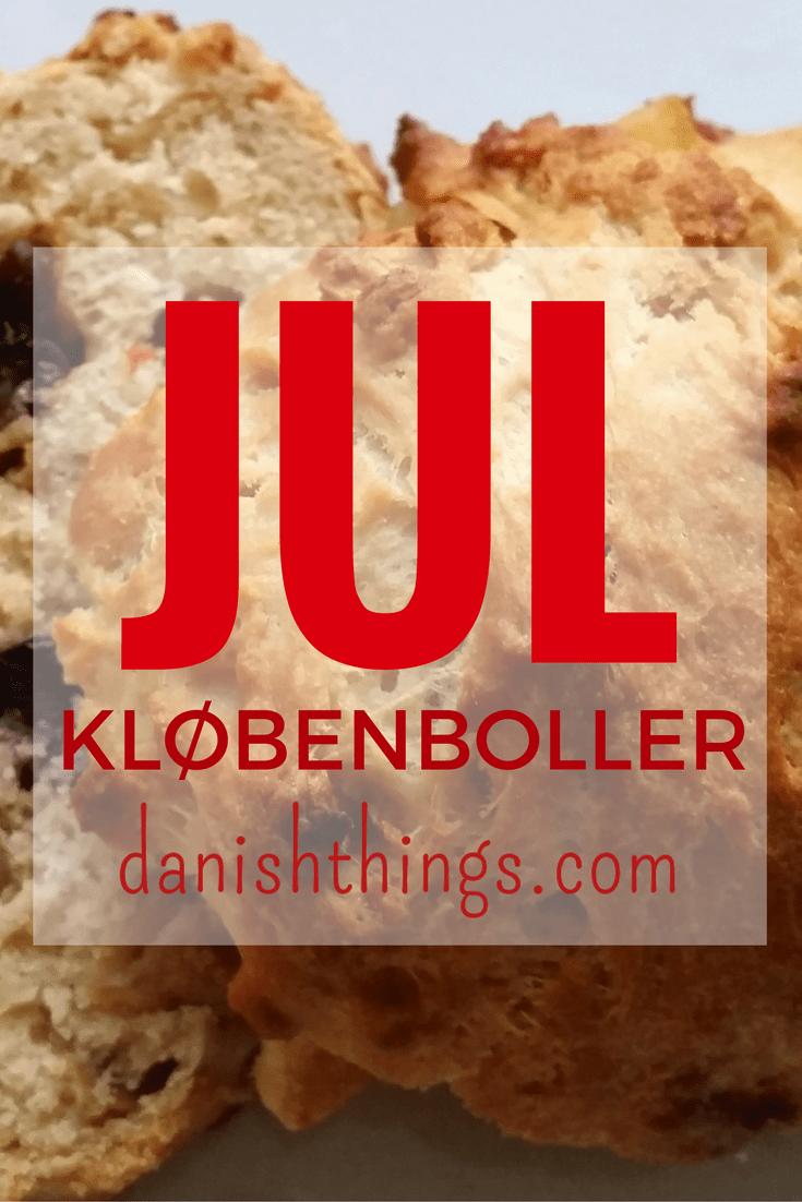 Kløbenboller - de klassiske søde juleboller, der er fyldt med smør og tørret frugt. Lækre til weekend morgenmad, om eftermiddagen eller til et glas gløgg. Find opskrifter, gratis print og inspiration til årets gang på danishthings.com #DanishThings #kløbenboller #juleboller #boller #jul