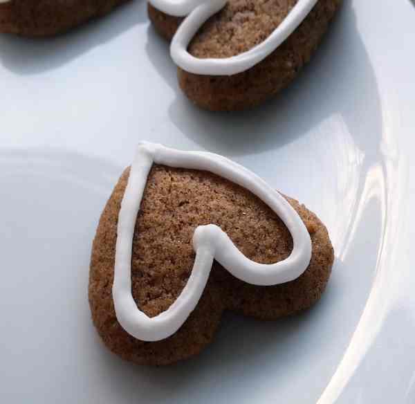 Danish Christmas cookie - honey cake  - takes 2 days