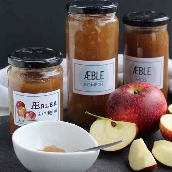 Æblemos med vanilje - æblekompot eller æblemarmelade. Få opskrifter på kager og desserter, hvor du kan bruge æblemos. Find opskrifter, gratis print og inspiration til årets gang på danishthings.com
