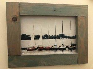 תמונה עם מסגרת עץ למכירה במבצע 1537s