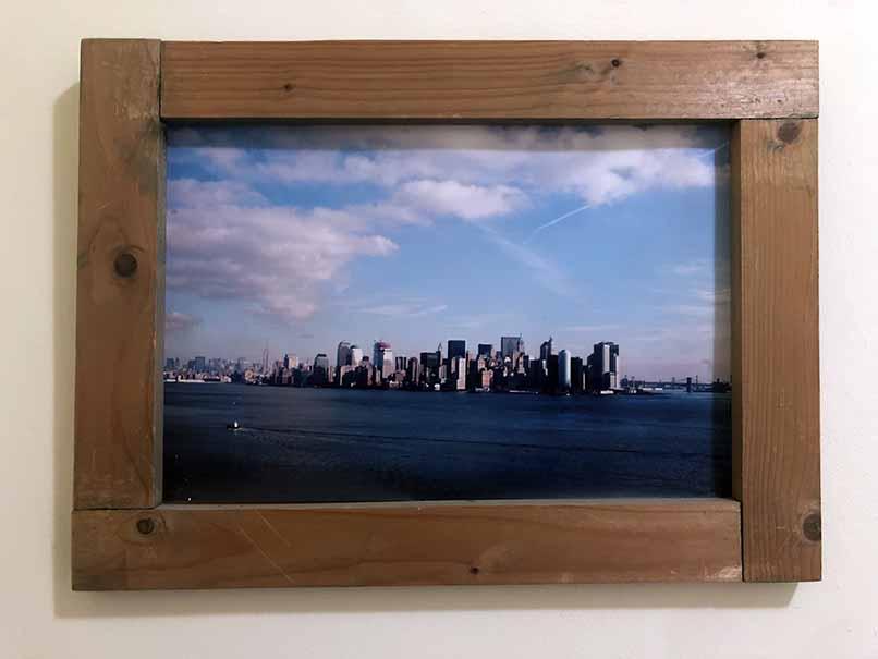 """תמונה עם מסגרת עץ מק""""ט: 1520"""