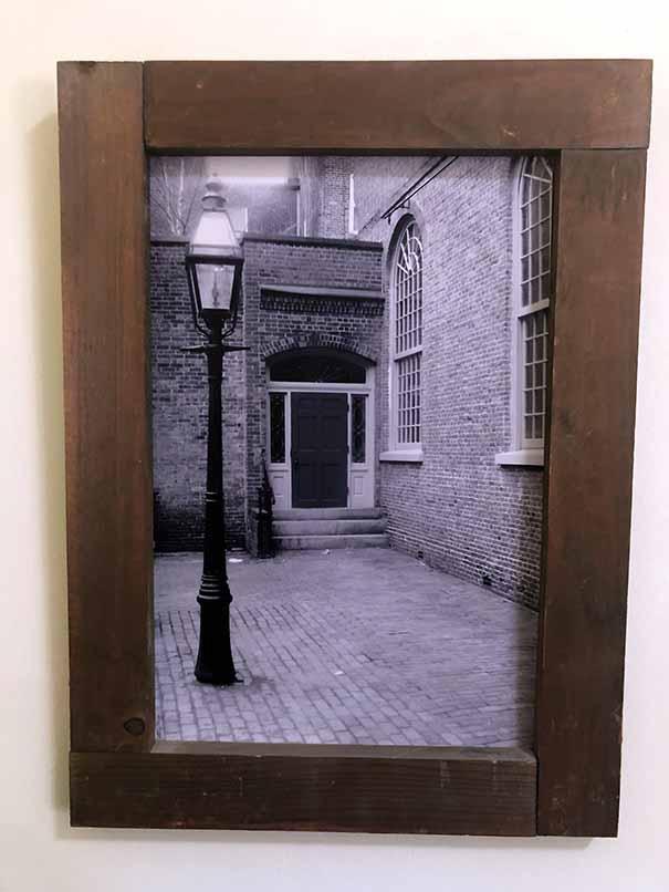 """תמונה עם מסגרת עץ מק""""ט: 1510"""
