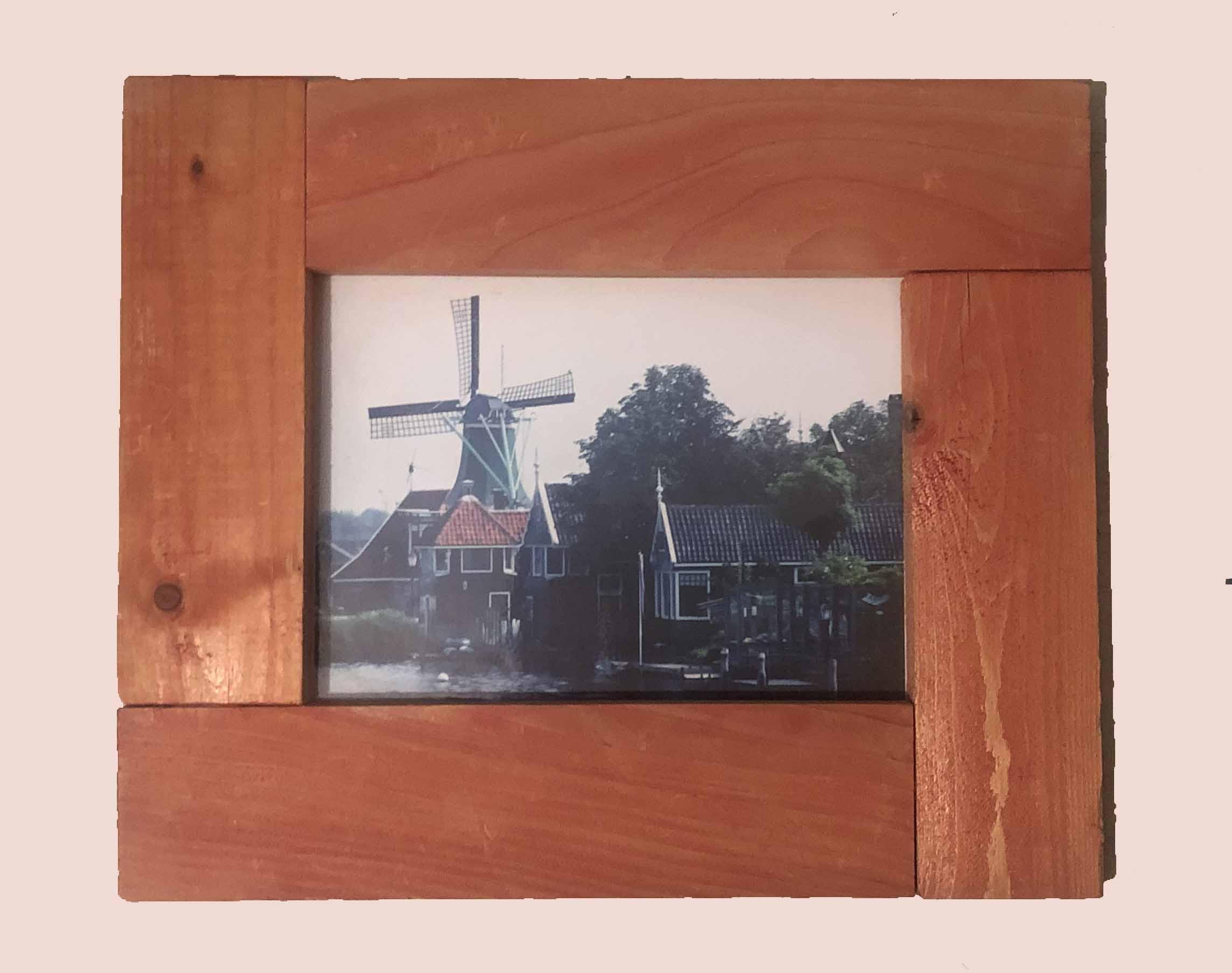 """תמונה עם מסגרת עץ מק""""ט: 1529"""