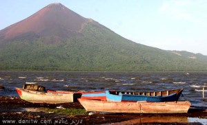 2049 סירות, הרים, ניקרגואה