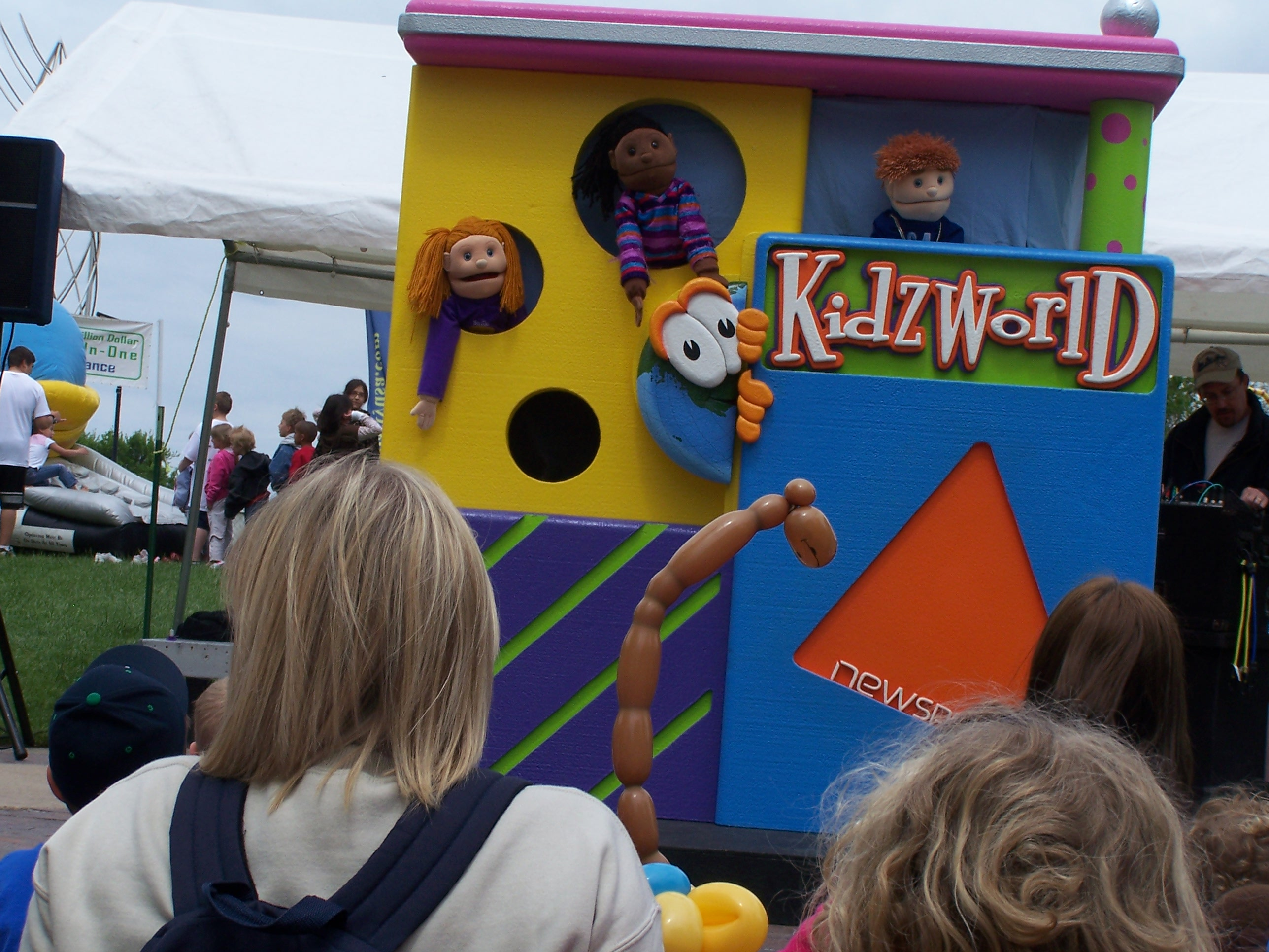 Puppets at RiverFest