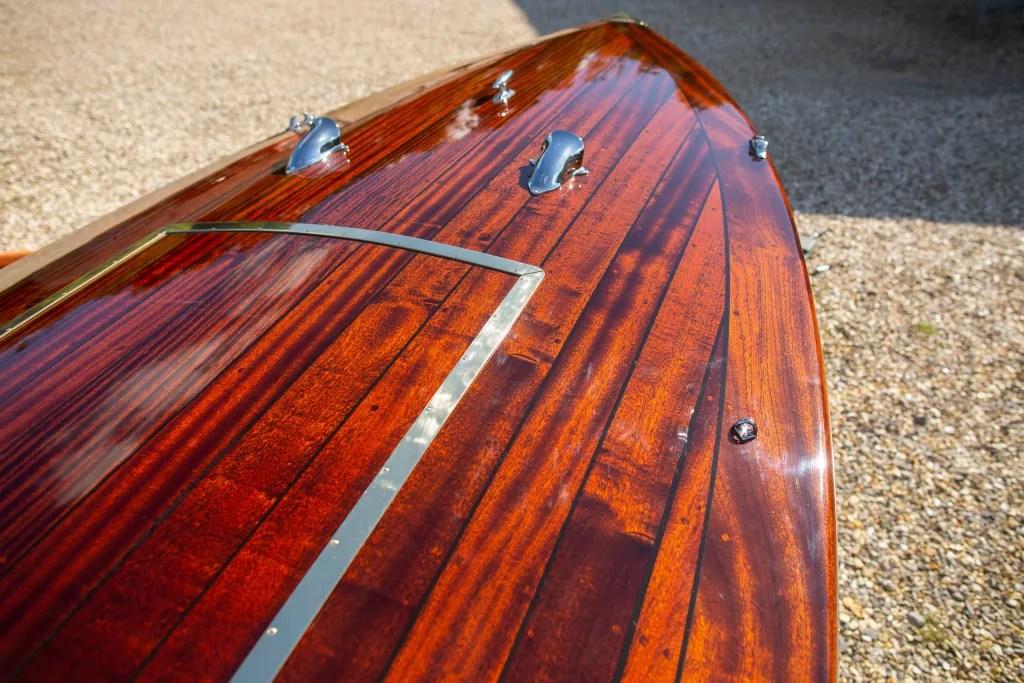 Wooden boat deck epifanes varnish