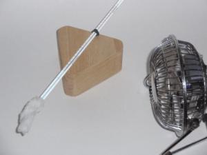Wet bulb hygrometer setup