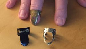 fingerpicks for clawhammer