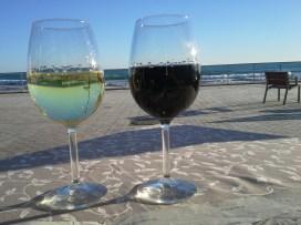 Sitges Beach wine stop