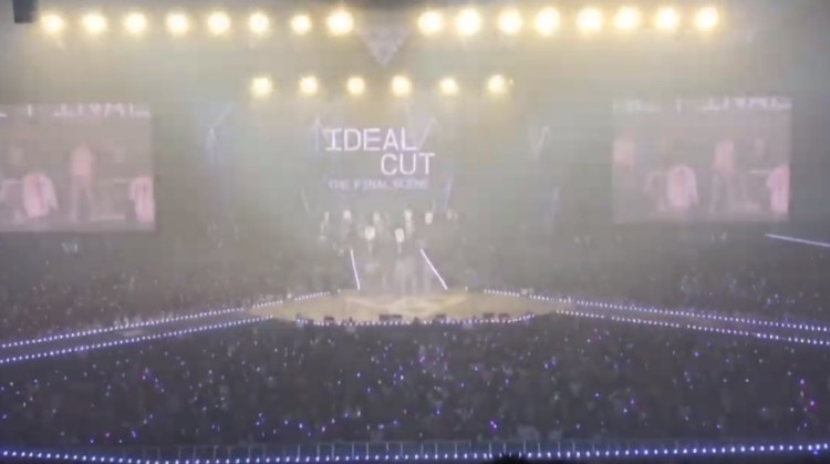 SEVENTEEN 'IDEAL CUT-THE FINAL SCENE' IN SEOUL 公演の模様