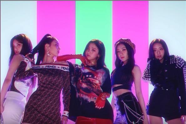 遂にベールを脱いだJYPの新ガールズグループ!