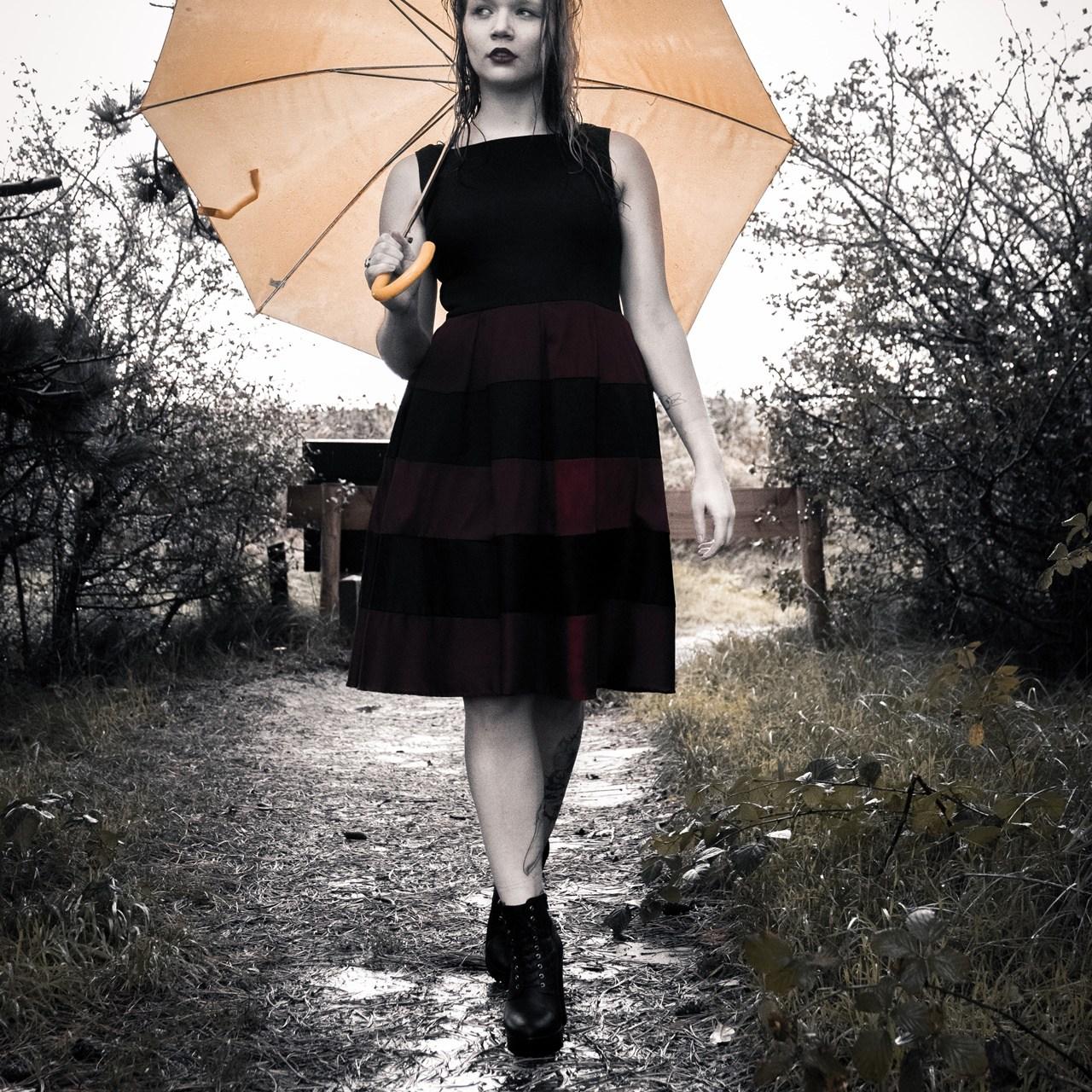 Girl Umbrella 2