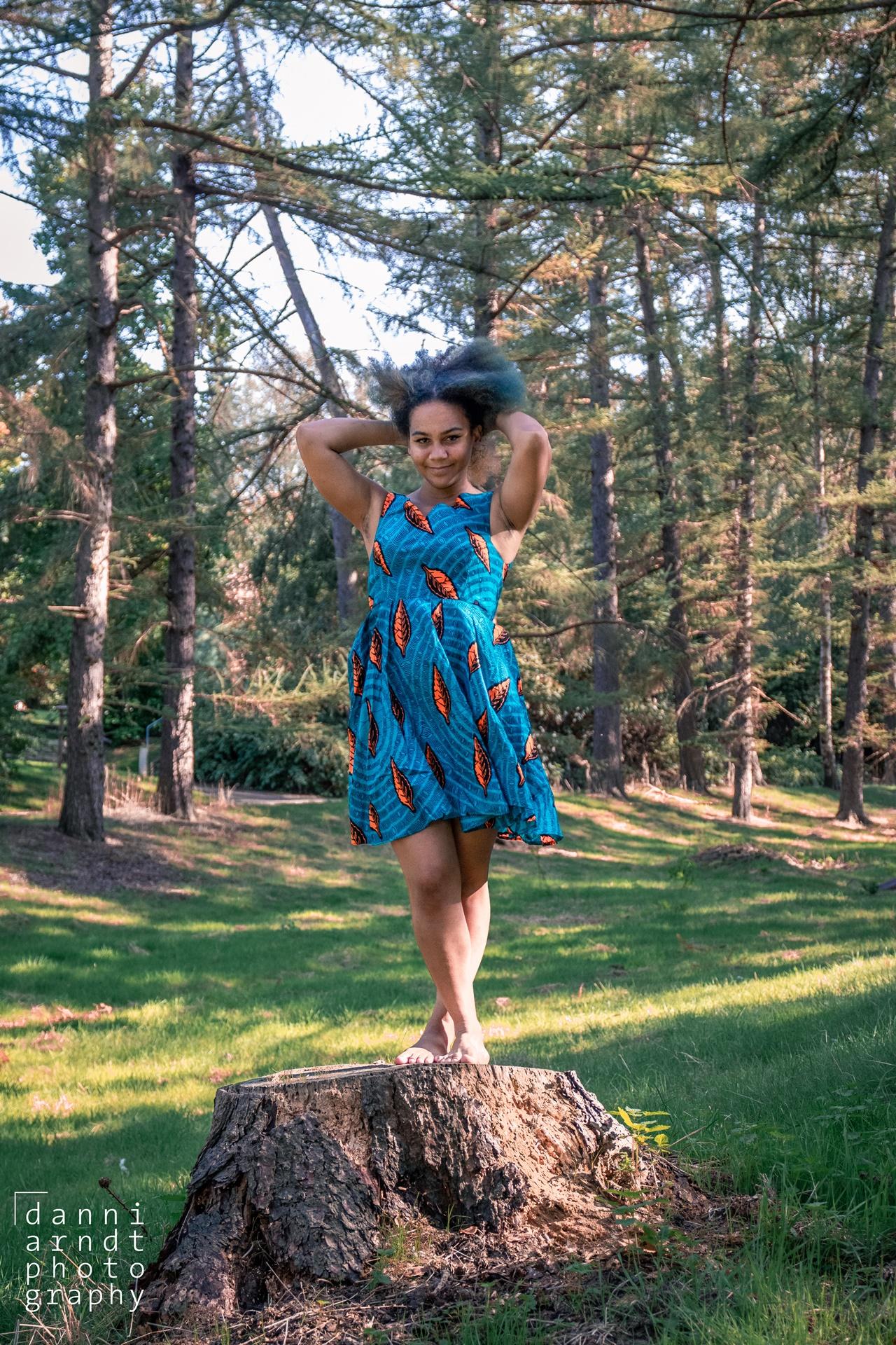 Outdoorshoot Girl Blue Dress