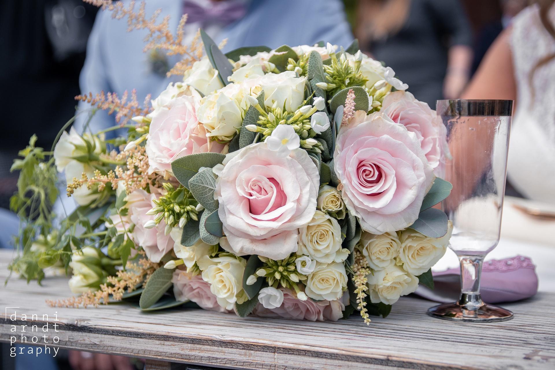 Hochzeitsfotos M&M Wedding bouquet Brautstrauß