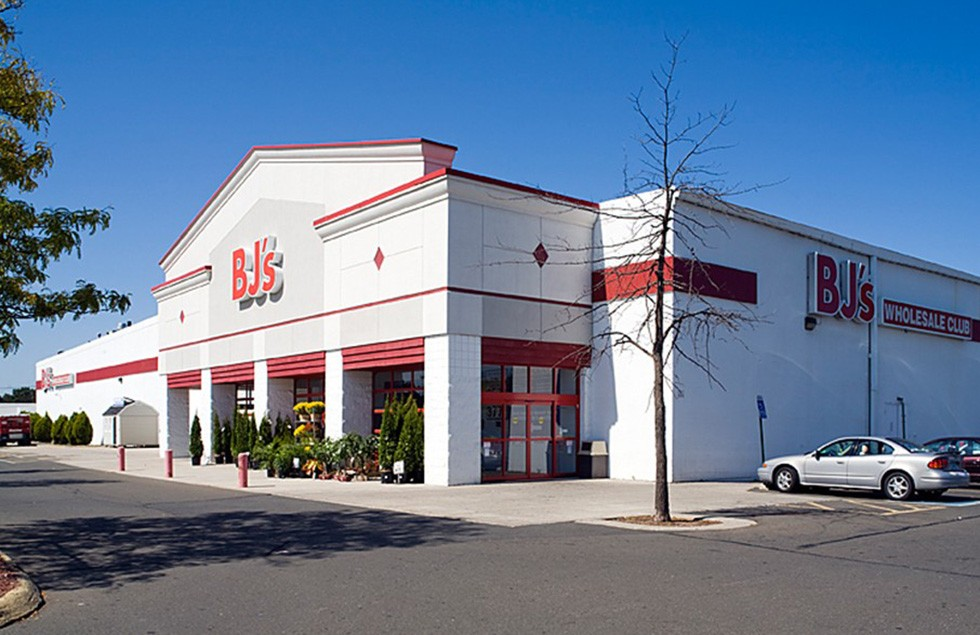 BJ's Membership for $25, or $40 Plus $25 Gift Card