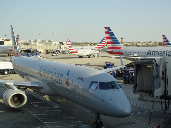 American Airlines Extends Fee Waivers